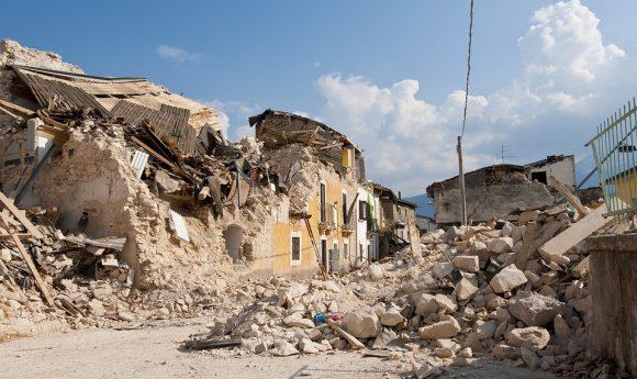earthquake-1665878_960_720